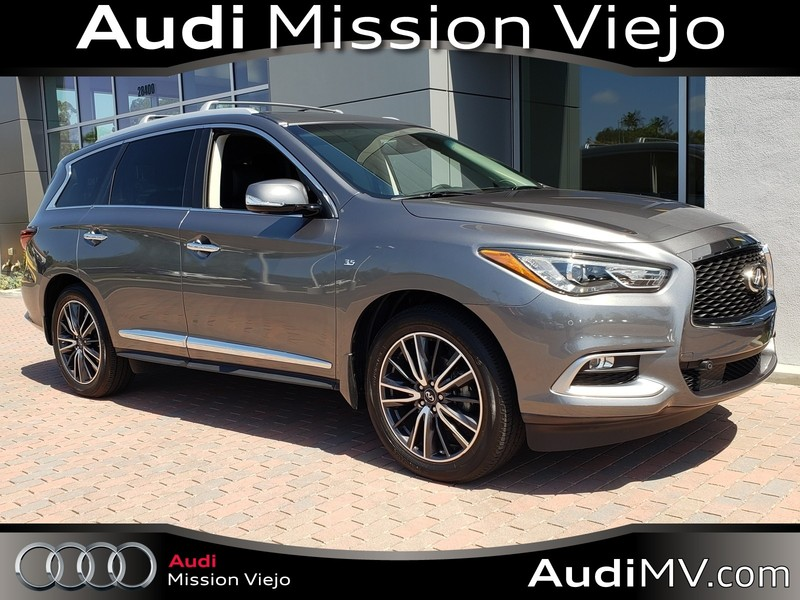 Pre-Owned 2016 INFINITI QX60 W/NAVI/DVD/DELUXE TECHNOLOGY PKG
